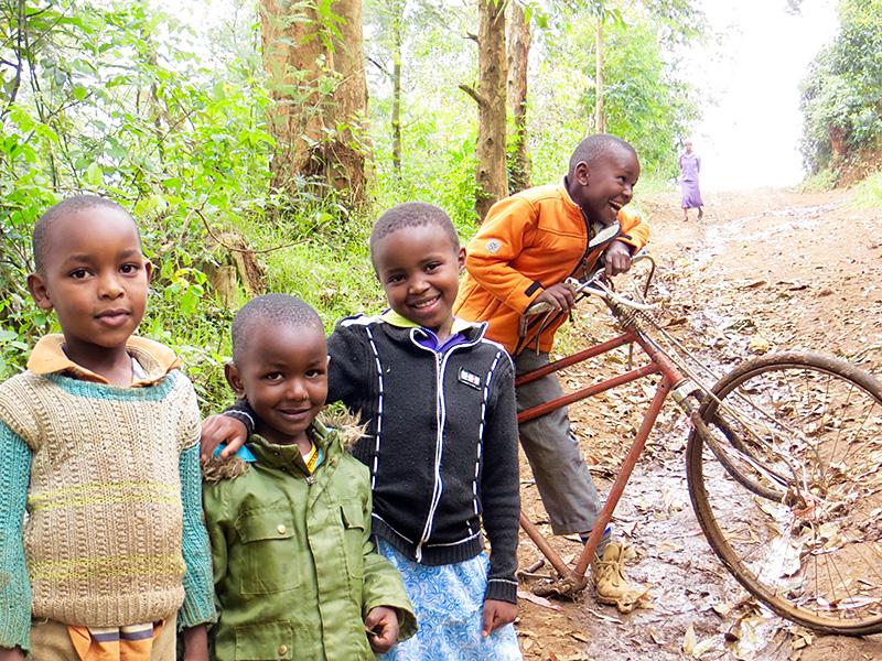 Becas de estudio en Kenia Karibu Sana