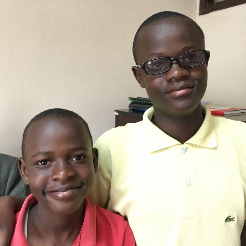 Vincent y Ezequiel, Karibu Sana